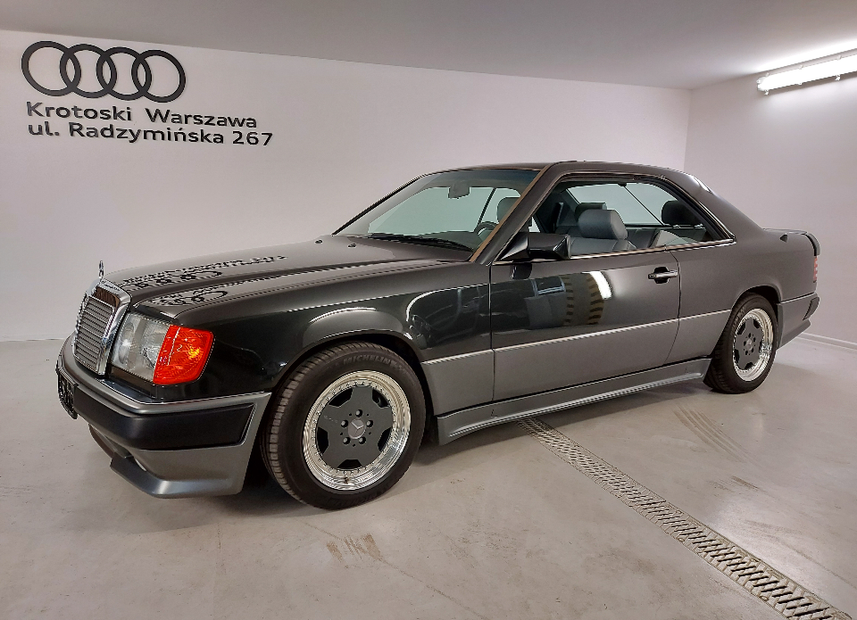 Mercedes Benz W124 Coupe Pakiet AMG